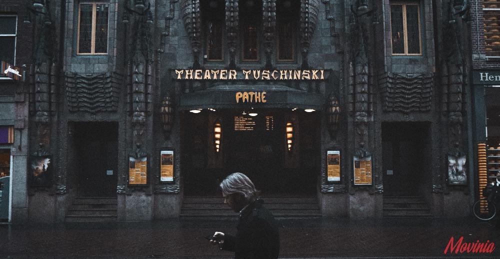 購入方法①映画館/上映劇場(ムビチケカード)※特典グッズなし